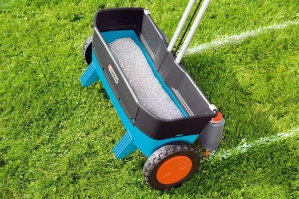 механизированные сеялки для газона