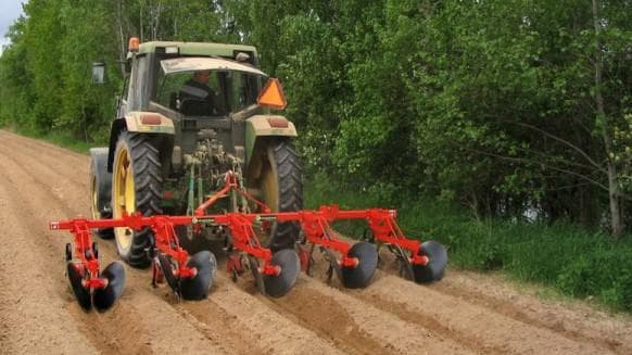 Окучники для картофеля к трактору своими руками