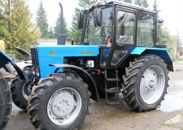 трактор Беларус-82.1-23/12