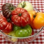 Список крупных сортов томатов для теплиц и открытого грунта
