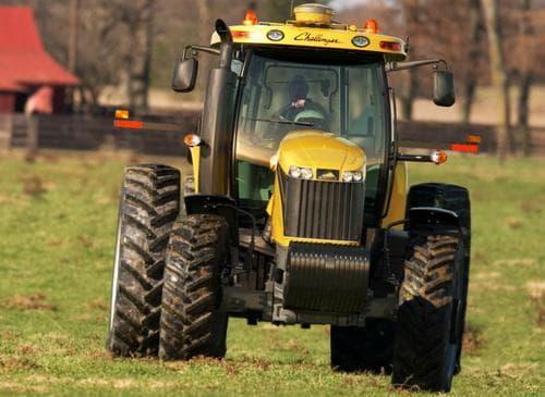 трактор челленджер MT 500D
