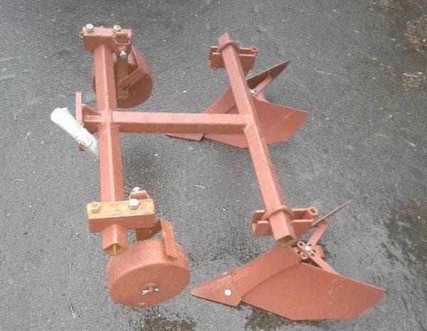 регулируемые окучник картофеля к трактору