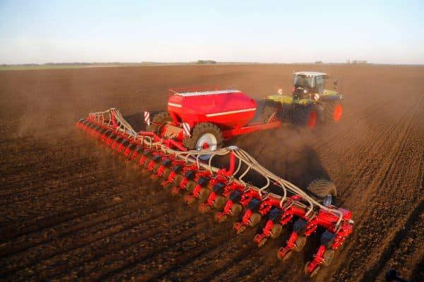 сеялка для посева зерновых культур с пунктирным методом посева